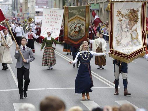 XXVI Vispārējie latviešu Dziesmu un XVI Deju svētku gājiens