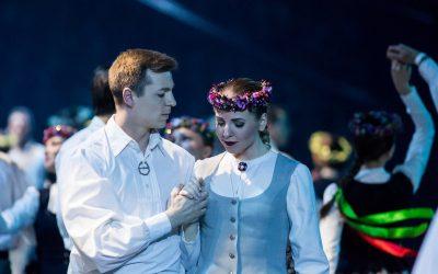 """Latvijas Neatkarības atjaunošanas dienā – deju lieluzvedums """"Vēstījums rakstos"""""""